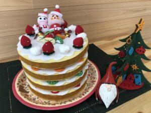 手芸で作ったクリスマスケーキ